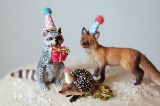 Woodland party animals! Feature Friday: Woodland Party! | Halfpint Design - this cute woodland party was simple but elegant. Come see the rest of the details...