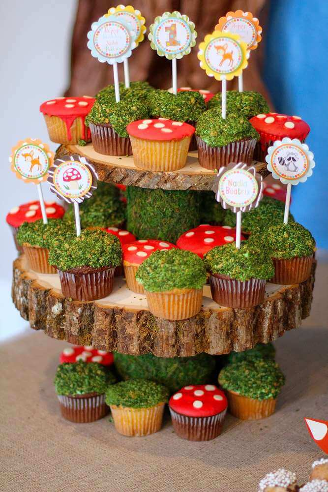 Top Party Trends for 2017. Trend 1: Still loving nature...fairy garden, lumberjack, camping, glamping, woodland, cactus. | Halfpint Design - Moss cupcakes