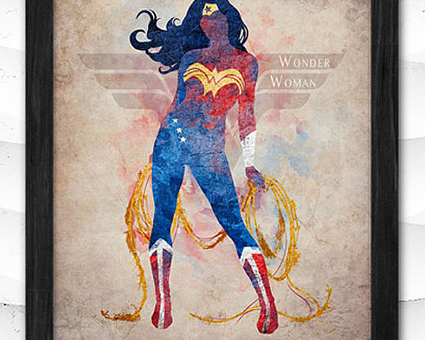This updated Wonder Woman print is an awesome addition to a Wonder Woman party and is nice enough to hang in a bedroom, media room, or play room after the party is over. Classy Wonder Woman Birthday Party Decor | Halfpint Design