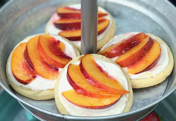 Lovely peach tarts. So simple and really delicious!