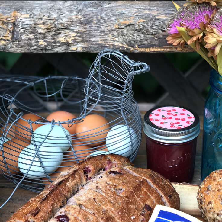 What better way to collect your eggs than in a hen shaped basket!? Farmer's Market Harvest Brunch | Halfpint Design - Fall entertaining, garden food, clean eating