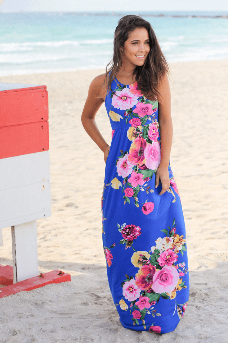Wouldn't this maxi dress make the perfect summer party frock? Trend spotting alert! We've got cobalt and raspberry coming on strong. Party Palette: Royal Blue and Raspberry | Halfpint Design - party color, color trends, party palette