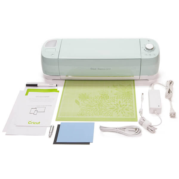 Trying to find the perfect gift for that Creative person in your life? I can't live without my Cricut! Check out the rest of the ideas on the Ultimate Gift Guide for the Creative on Your List at Halfpint Design. Holiday gift ideas, gifts for creative friends, gifts for makers, gifts for creative entrepreneurs.