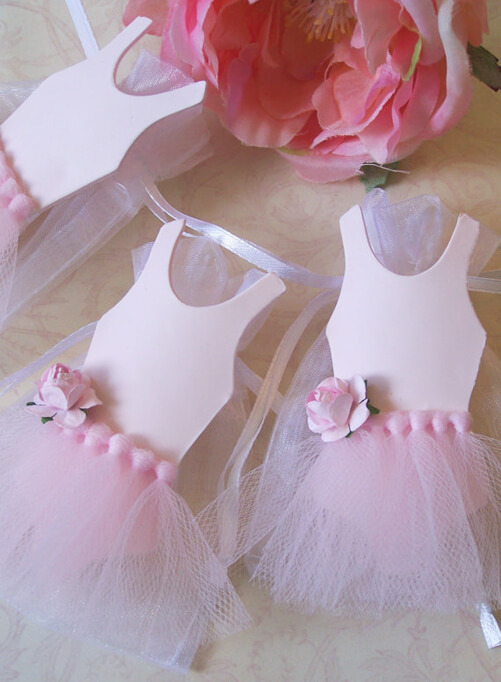 Looking for a great winter birthday idea? Or holiday party theme for your friends and family? A Nutcracker ballet party is the perfect theme and I've got a list of 26 amazing products that will up your party game! How cute are these organza favor bags with built in tutus? Pretty Pastel Nutcracker Ballet Party Ideas on Halfpint Design. Ballet party, Christmas party, Nutcracker party.