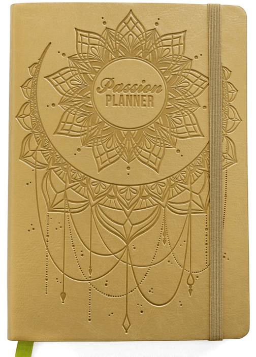 Trying to find the perfect gift for that Creative person in your life? I've always been a planner user but this planner just might be my favorite one ever! And how cute is this boho cover!? Get organized for next year. Check out the rest of the ideas on the Ultimate Gift Guide for the Creative on Your List at Halfpint Design. Holiday gift ideas, gifts for creative friends, gifts for makers, gifts for creative entrepreneurs.