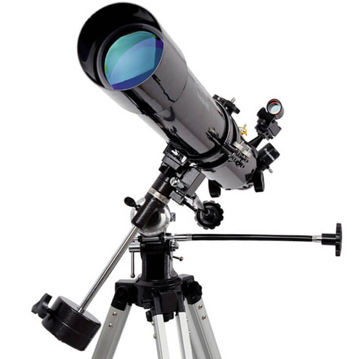 Have a difficult man in your life making gift buying a headache? Set his sights on the stars with an space telescope. For more great ideas check out the Ultimate Gift Guide for the Man who has Everything at Halfpint Design. Christmas gift ideas, men's birthday gift ideas.