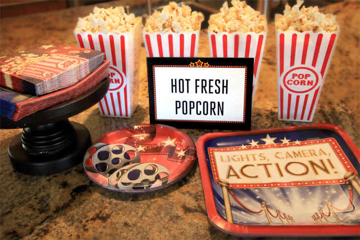 Hot Fresh Popcorn is a must have for a movie party. As are cute plates and napkins! Movie Star Party, Oscar Party, Rock Star Party on Halfpint Design