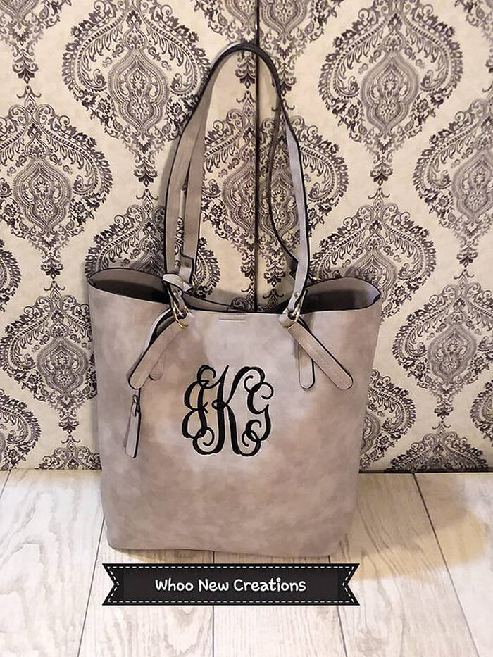 Monogramed purse as handmade gift idea for her