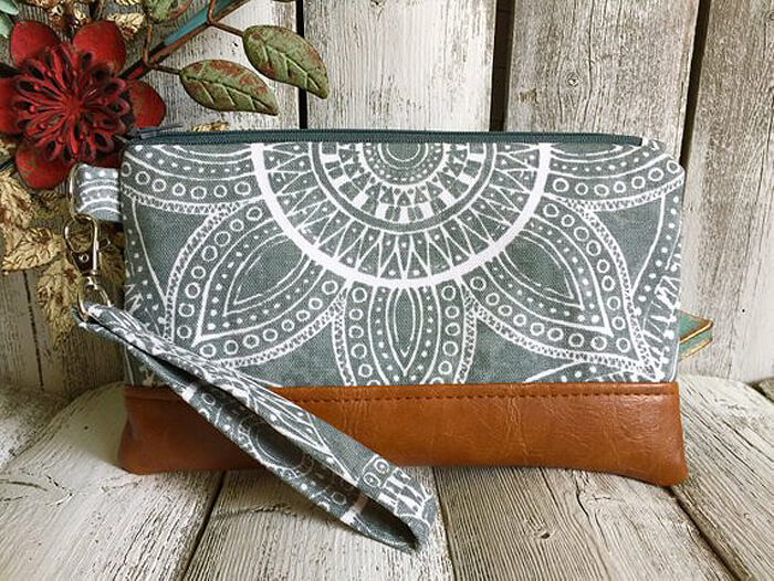 Wristlet purse for smart phone as handmade gift ideas for her