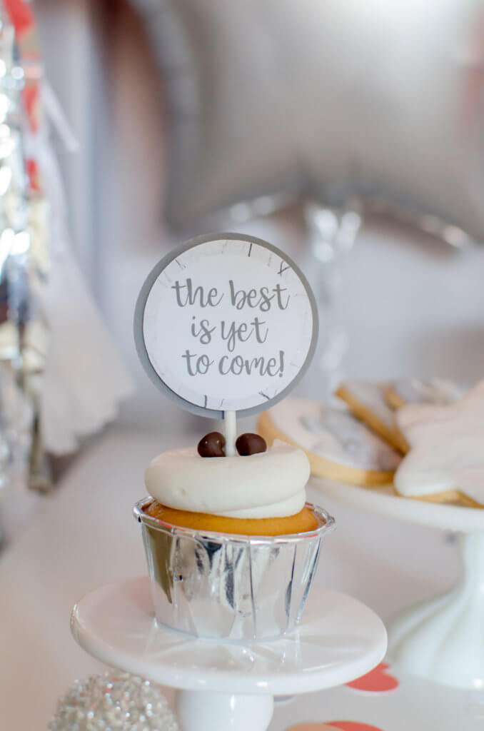 the best if yet to come cupcake topper for a Pantone inspired New years party
