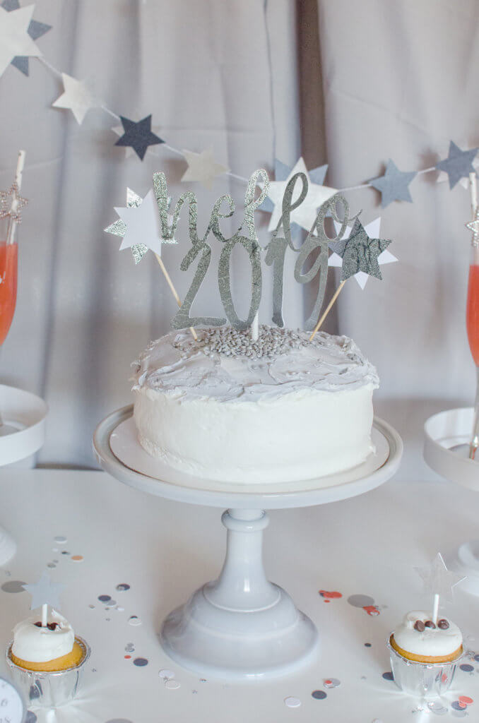 Hello 2019 cake topper for Pantone inspired New Years party