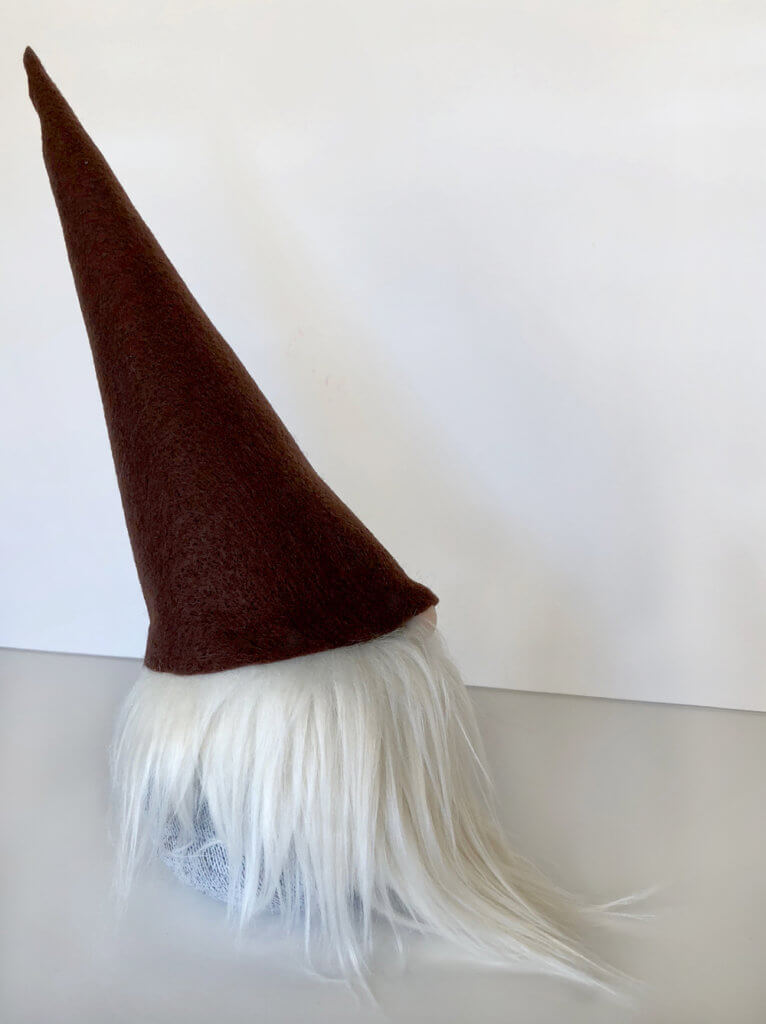 Darling tomte profile for a simple no sew gnome tutorial