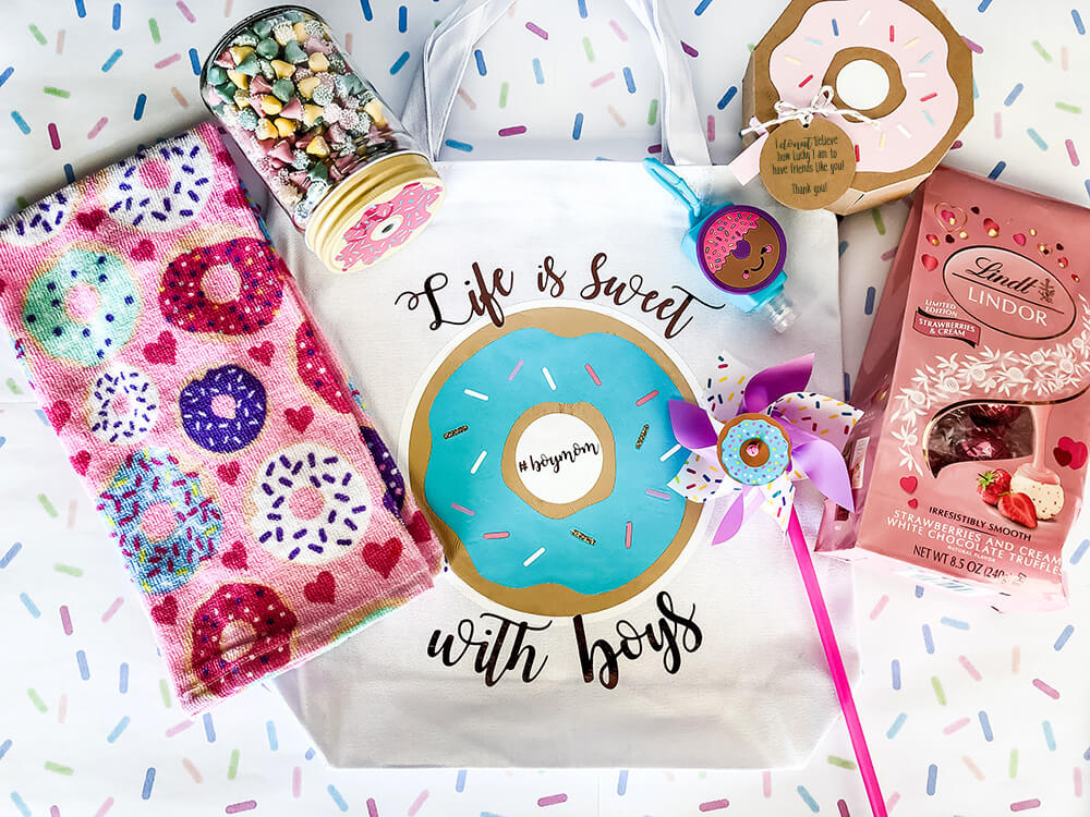 Gift package ideas for a Donut sprinkle baby shower