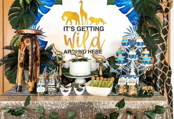 It's getting wild around here full table design for glam safari baby shower