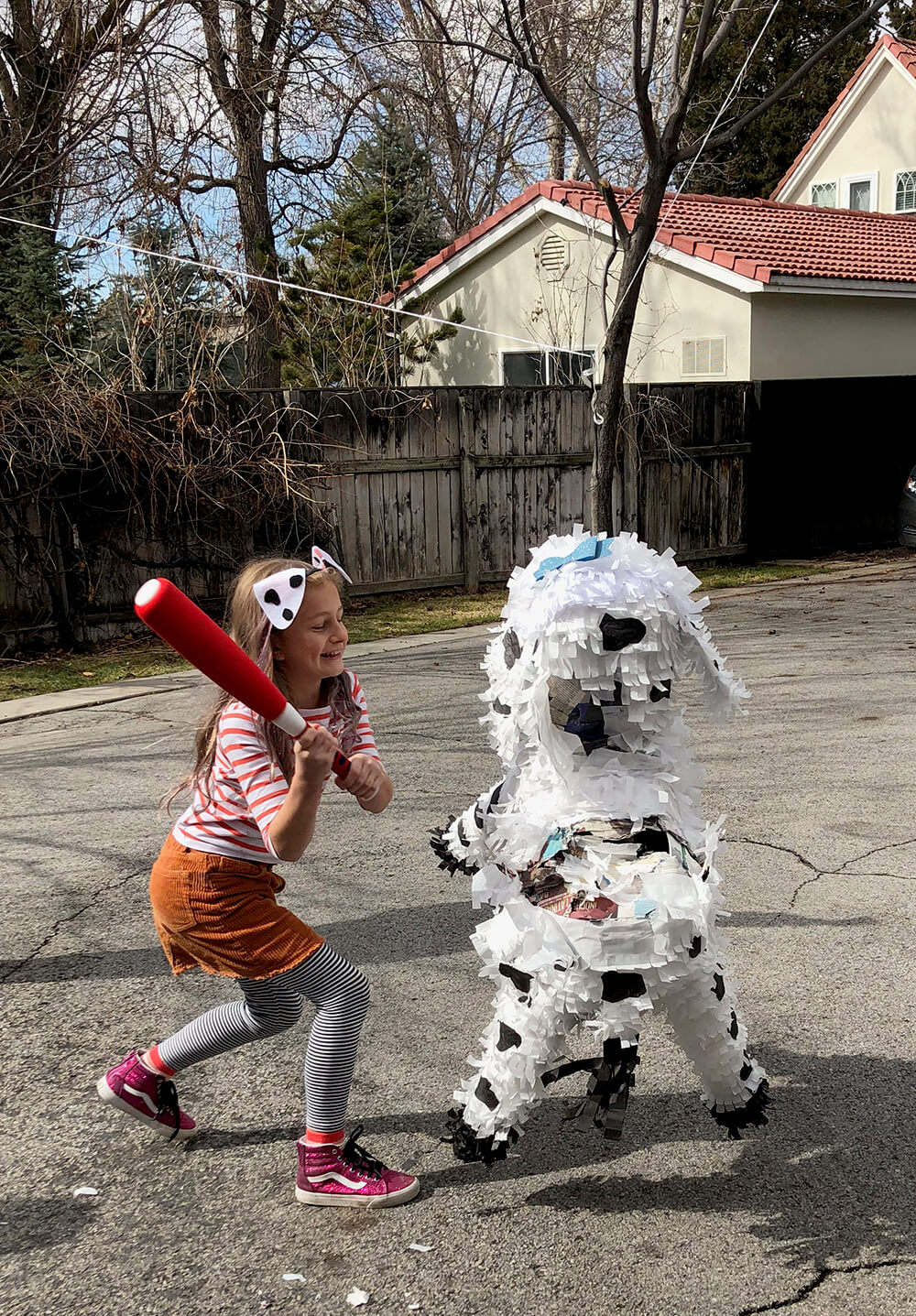 Dog piñata - Puppy party activity ideas for kids