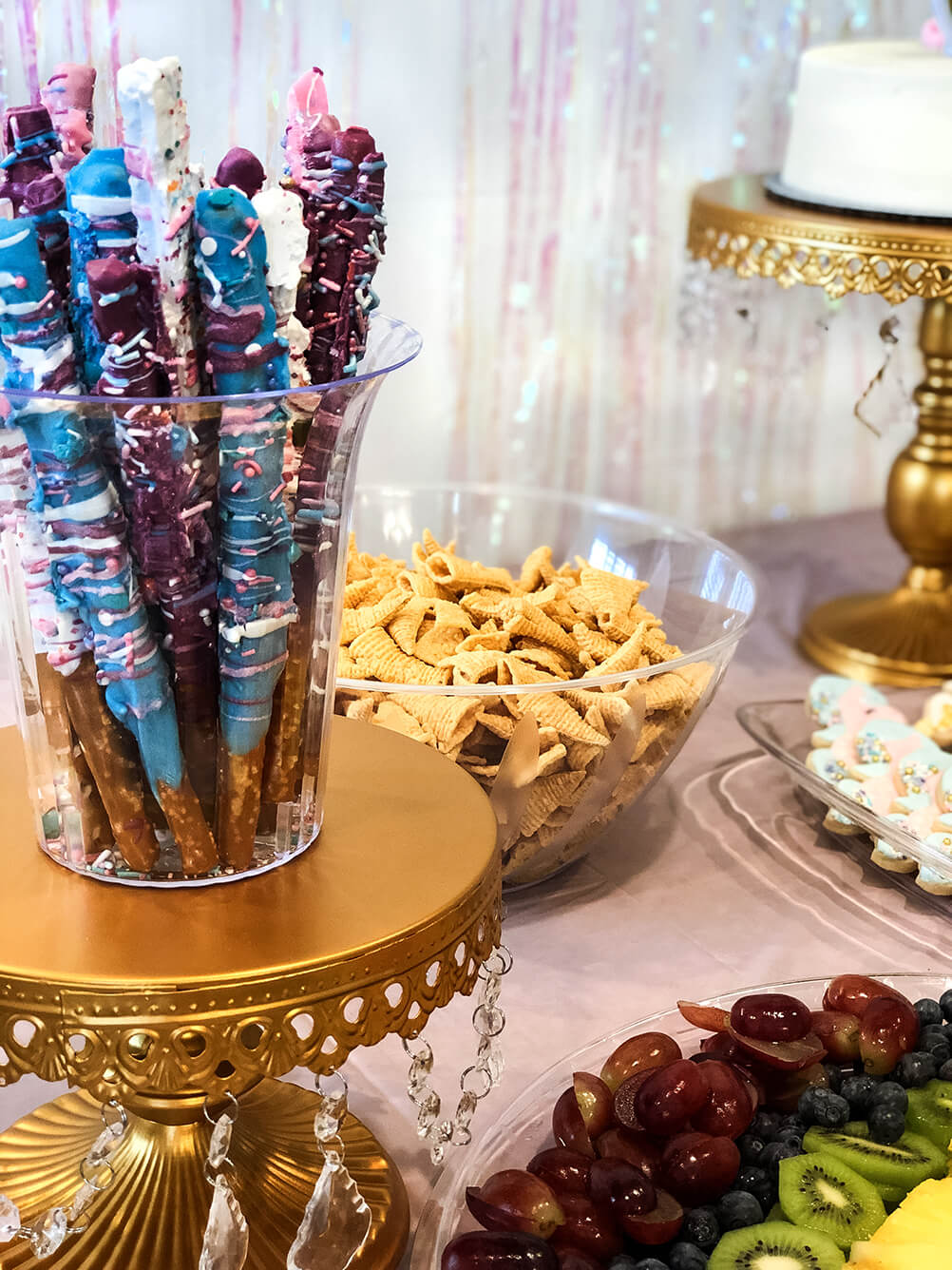 Unicorn sticks Unicorn themed birthday party ideas