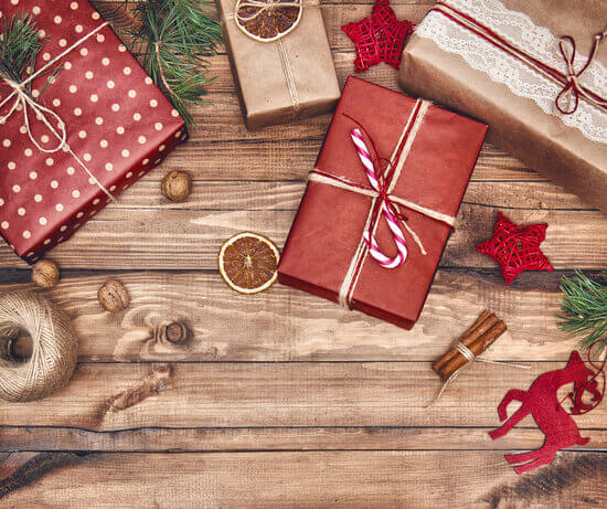 Ultimate Gift Guide for the Creative on your list: Idea #10 Gift cards to her favorite retailers. See more at HalfpintPartyDesign.com