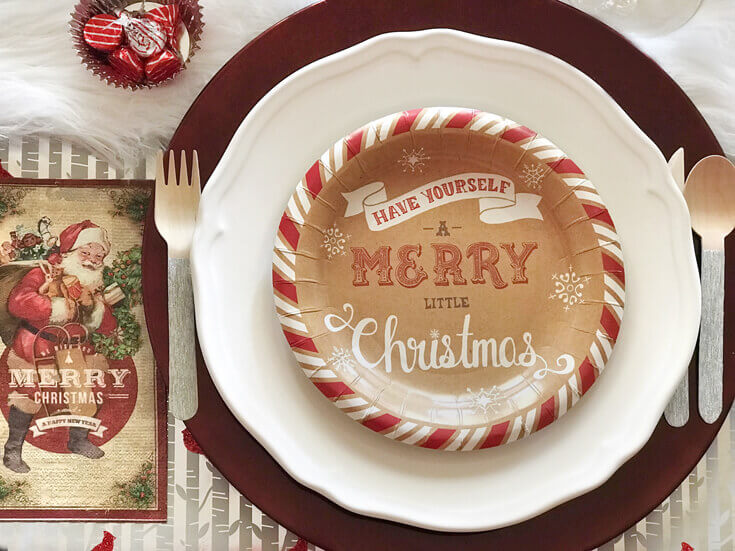 Holiday Party Blog Hop 2017. #12 Cozy Cottage Christmas Tablescape on Halfpint Design.
