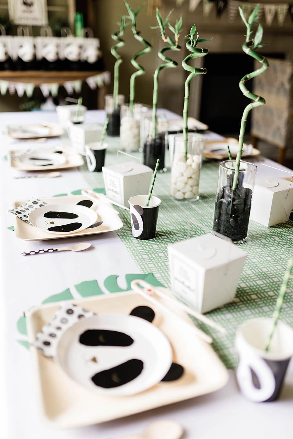 Finished tablescape to Party Like a Panda