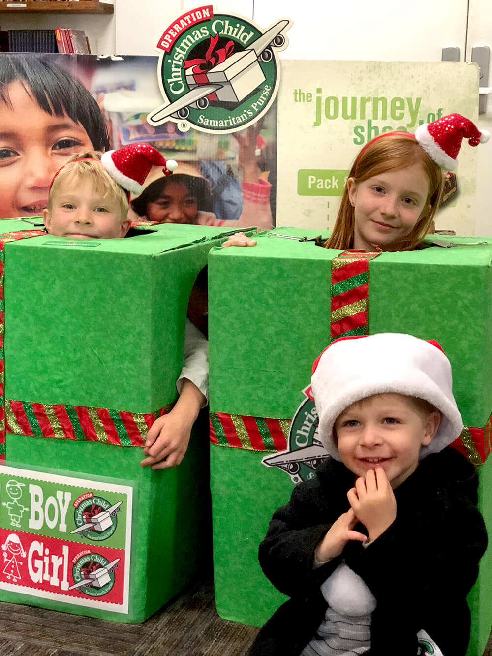 Photo op for Operation Christmas Child