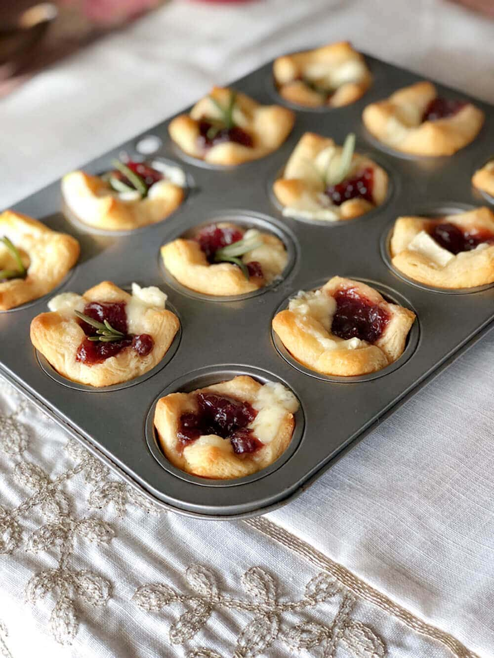 Baked Cranberry brie tart appetizer