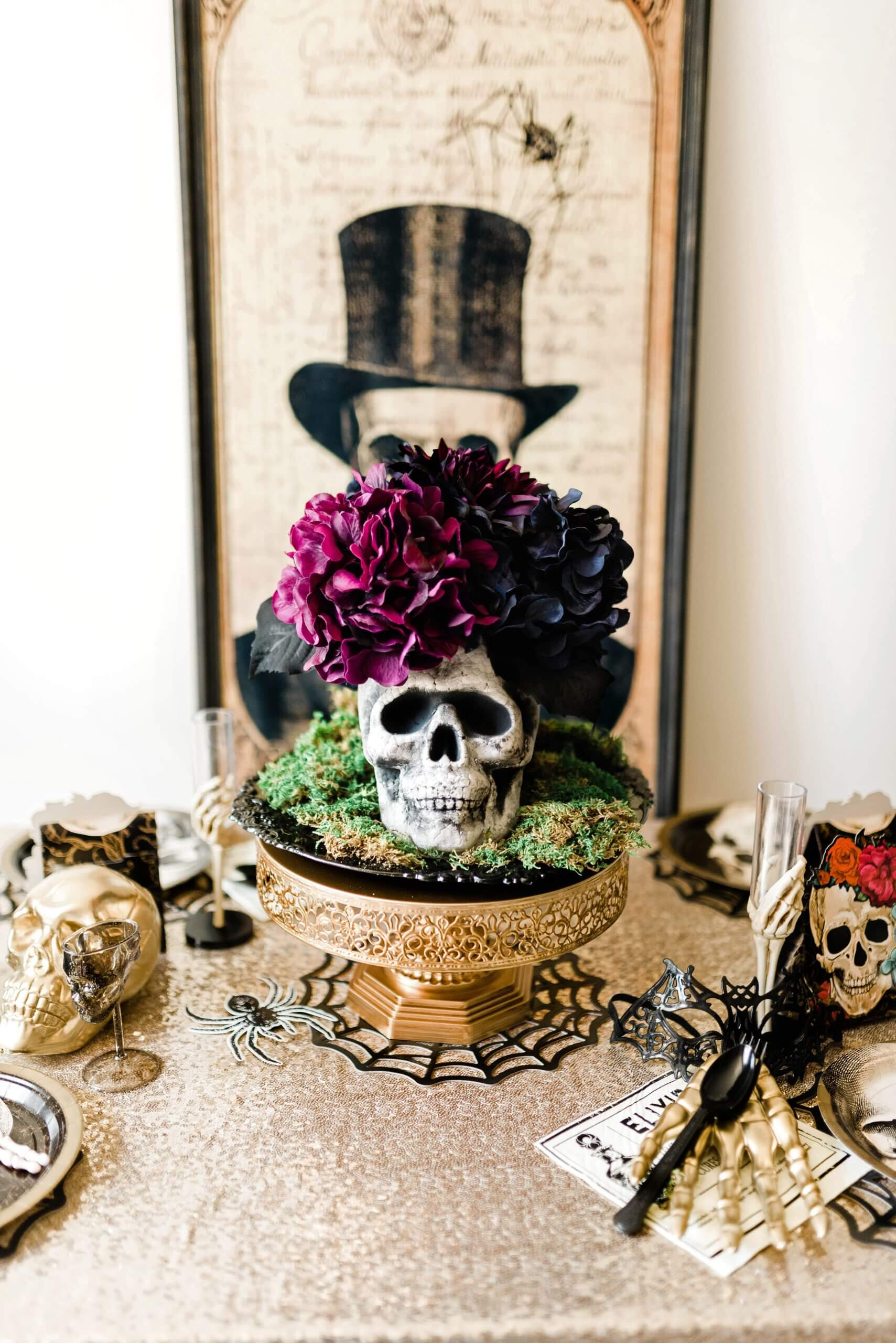Gothic Halloween Party Centerpiece