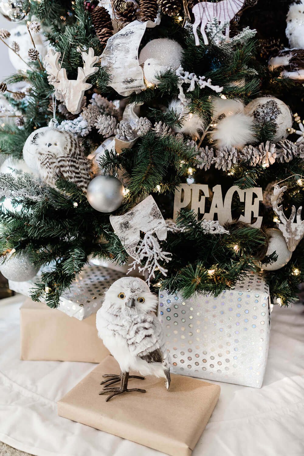 Winter woodland Christmas tree - Salt Lake Party Stylist