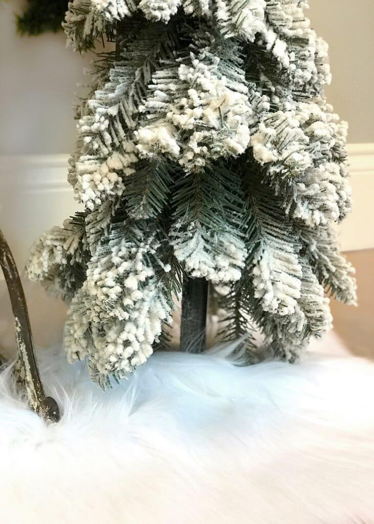 Use a faux fur tree skirt