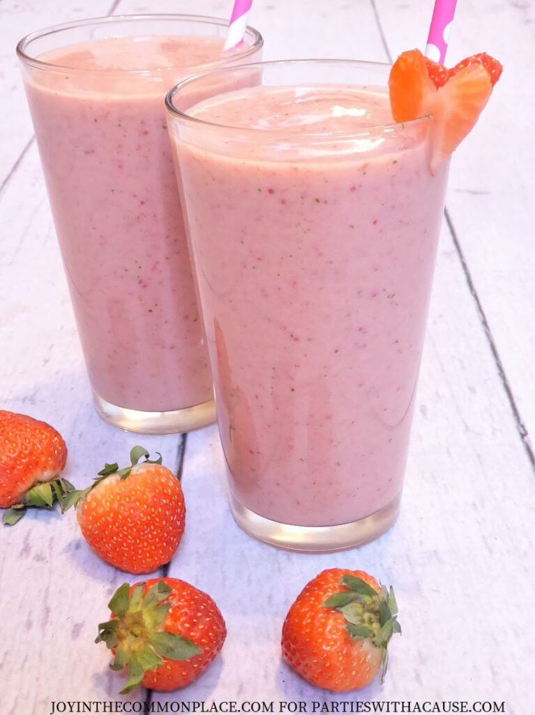 Strawberry Banana Smoothie Recipe for Valentine's Day