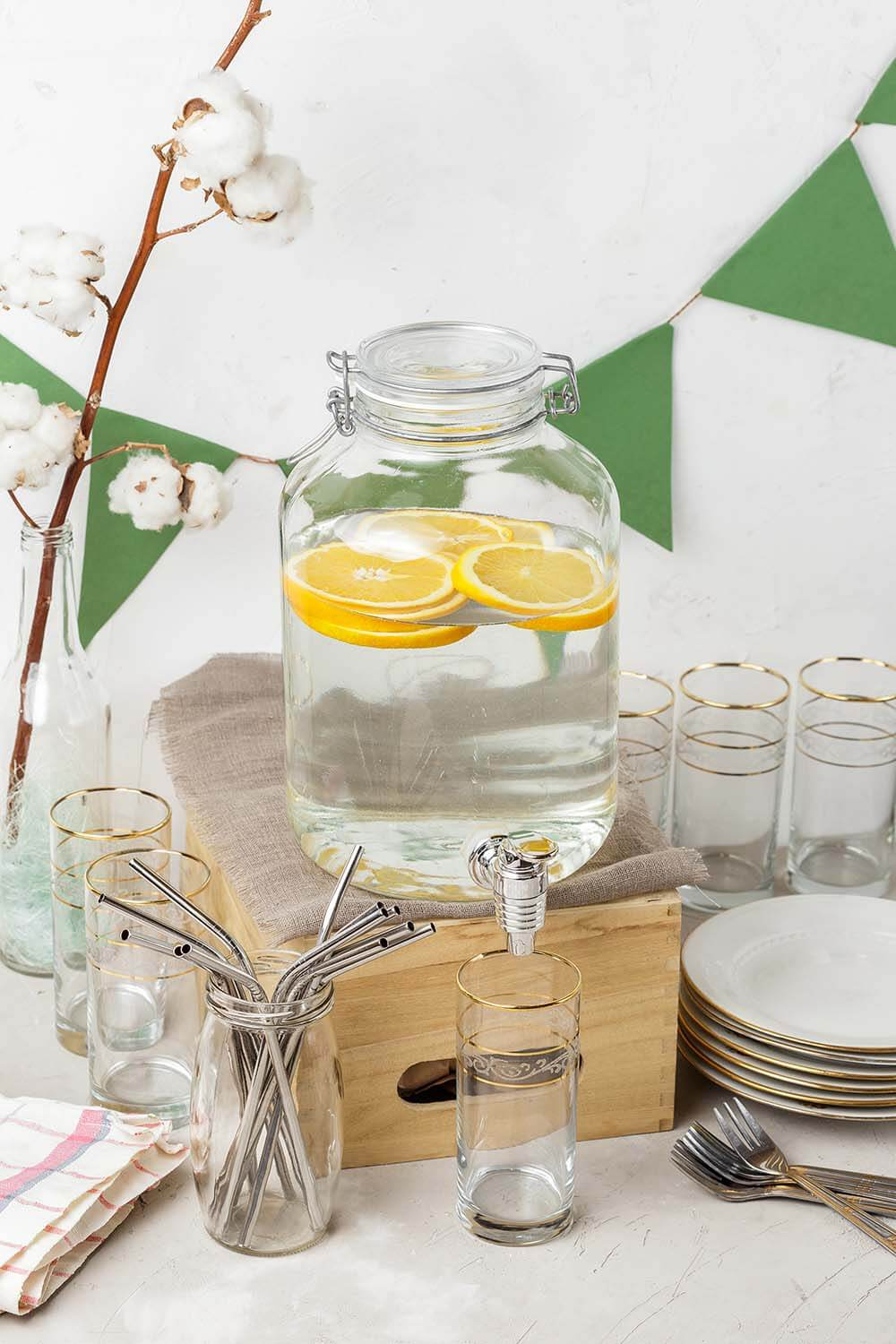 Plastic free drink ware for eco friendly party