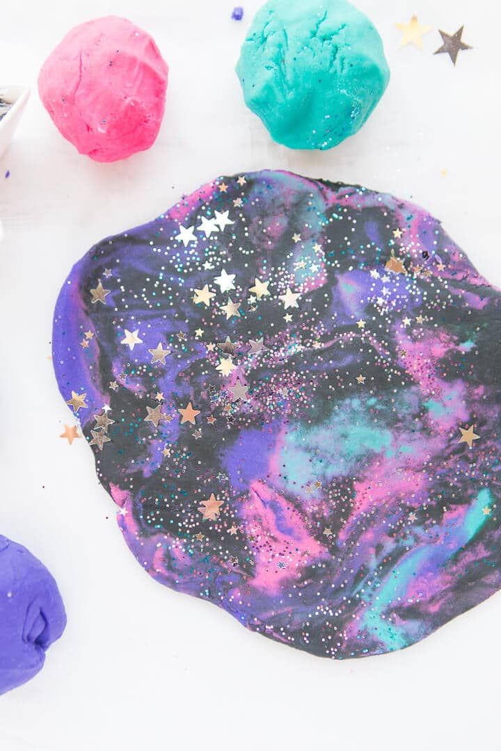 Sparkly Galaxy Playdough craft for kids