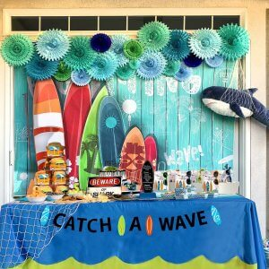 Catch a Wave table, Surf themed party ideas