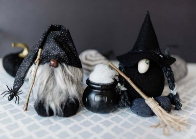 Halloween Gnomes DIY: No Sew Witch Gnome