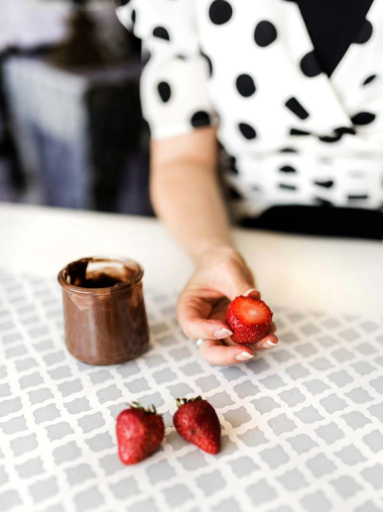 Sliced strawberry for dipping