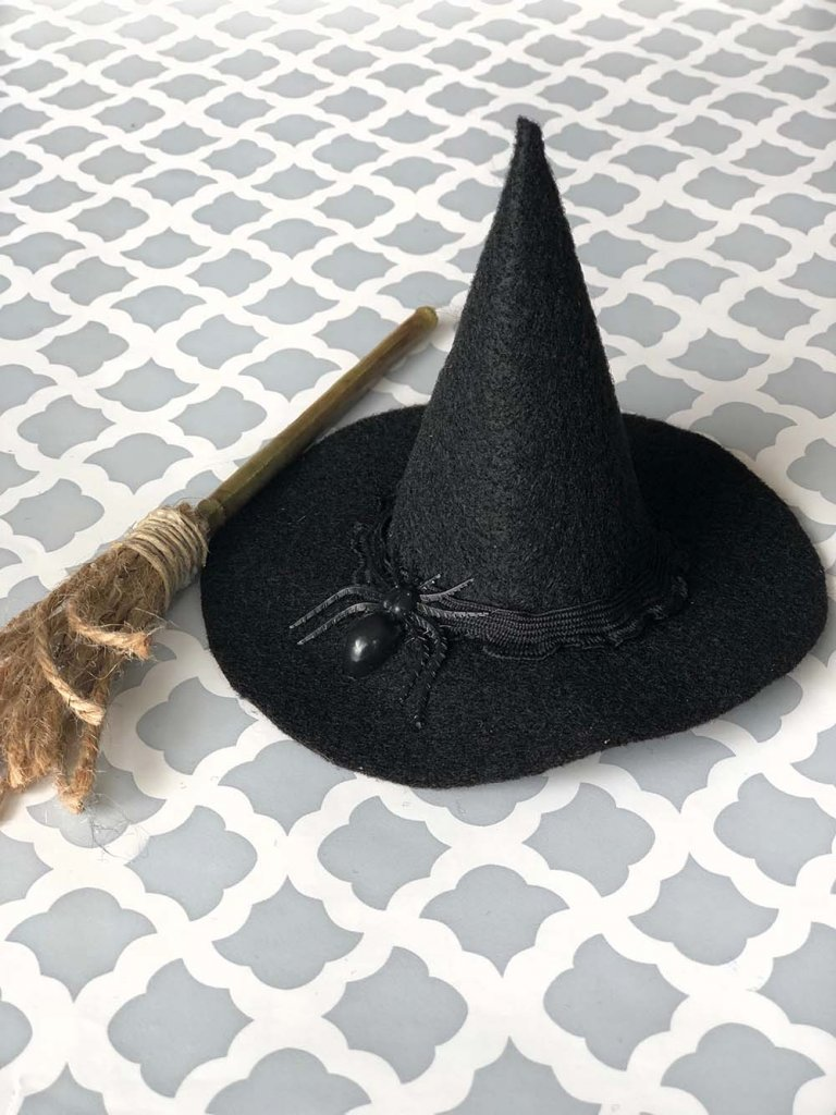 Mini Witch hat with spider and ribbon