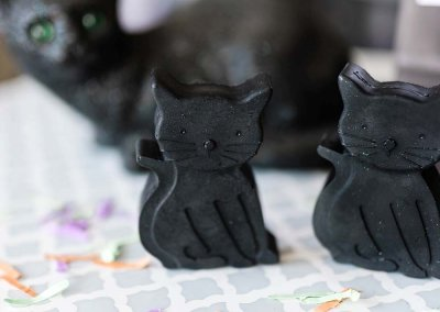 Melt and Pour Soap Recipe in Halloween Black