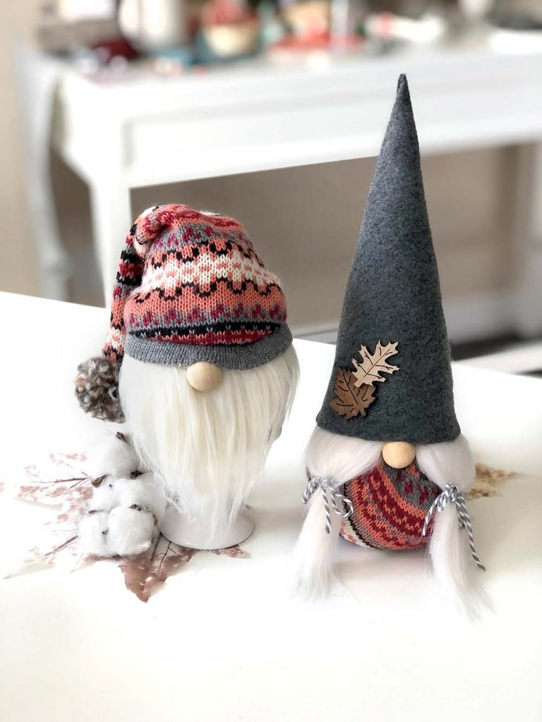 Boy and girl fall gnomes