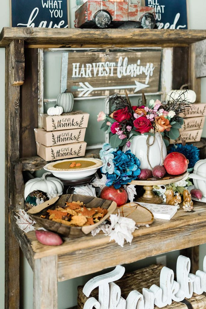 Buffet server decorated for Thanksgiving by Salt Lake Party Stylist