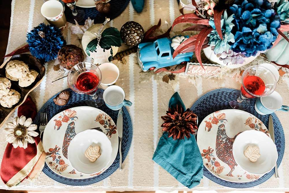 Rustic Thanksgiving tabletop decor