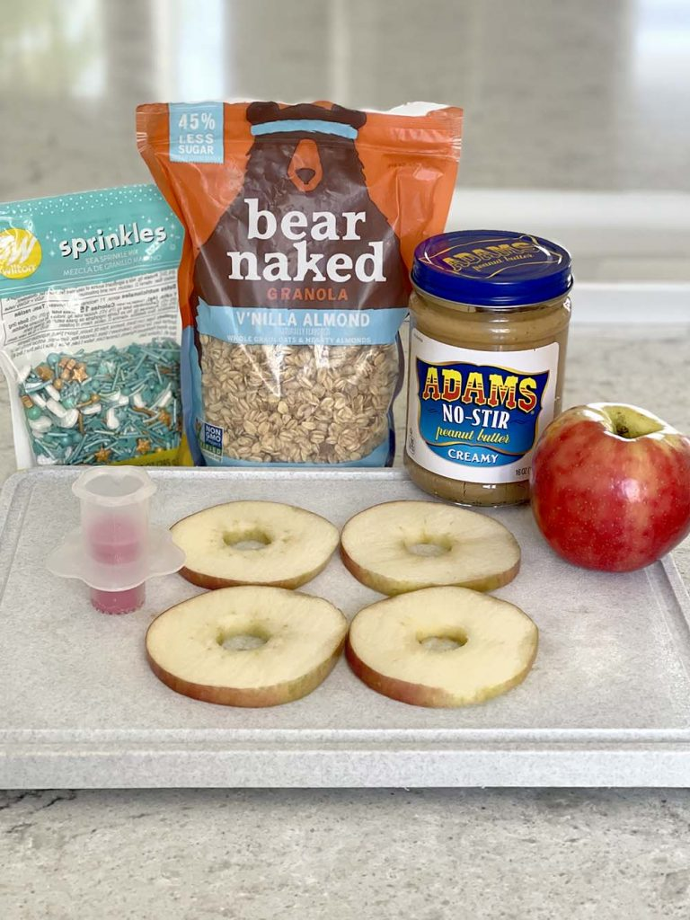Ingredients for making apple sandwiches