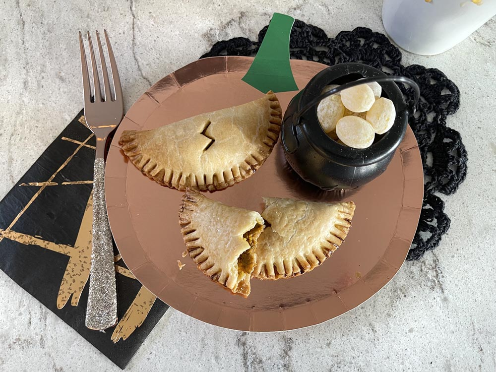 Plated pumpkin pasties for Harry Potter party